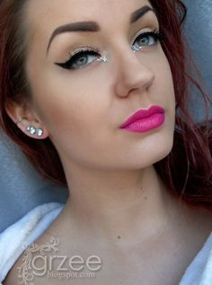 Diamonds with hot pink lip and sexy cateye!