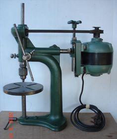 Photo Index - Walker-Turner Co. Antique Woodworking Tools, Antique Tools, Old Tools, Vintage Tools, Lathe Machine, Drilling Machine, Machinist Tools, Iron Tools, Metal Forming