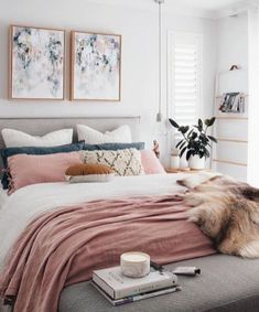 There are many types of bedroom interior design but the chic bedroom decor is the best ! Here are some of the beautiful pictures of chic bedroom design for you to see! Pink Bedroom Decor, Pink Bedrooms, Gold Bedroom, Bedroom Colors, Bedroom Inspo, Diy Bedroom, Budget Bedroom, Bedroom Inspiration, Warm Bedroom