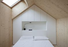 Compact Karst House / Slovenia / Dekleva Gregorič Arhitekti