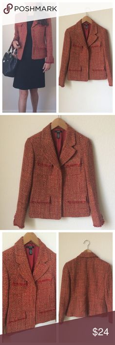 "Alfani Tweed blazer Sz 4❤️ Alfani Tweed blazer Sz 4❤️. Bust: 18"",shoulders to hem: 22"", sleeve: 22"", shoulders to shoulders: 14"".Pair it with trousers or your favorite jeans. Alfani Jackets & Coats Blazers"