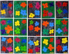 Fleurs inspirées d'Andy Warhol http://lejournaldechrys.blogspot.fr/2012/06/andy-warhol-en-maternelle.html