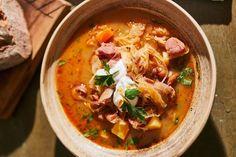 Káposztás paszulyleves Thai Red Curry, Ethnic Recipes, Food, Essen, Meals, Yemek, Eten