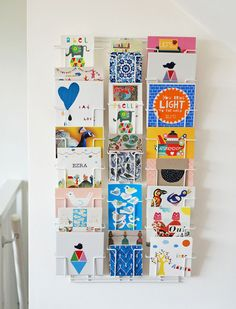 Nice way to display cards, tiles and anything else flat and square.  From Nina in Vorm