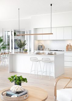 Kitchen Room Design, Kitchen Layout, Home Decor Kitchen, Interior Design Kitchen, Home Kitchens, Coastal Kitchens, White Coastal Kitchen, Modern Coastal, Timber Kitchen