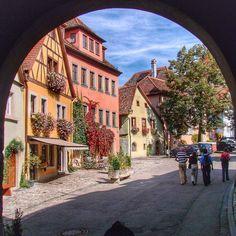 #tbt Rothenburg ob der Tauber #malasepanelas #alemanha #rotenburg #blogdeviagem #wanderlust #bbctravel #cnntravel #lonelyplanet #viagem