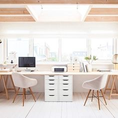 Double desk #workspacegoals + regram from @holly_avenuelifestyle in The Netherlands ☁️☁️ This double desk setup belongs to Holly, an interiors journalist + product stylist in The Netherlands. Those windows The skylight The neutral colours Even the printer is beautiful! Thanks Holly for the tag + for sharing your dreamy workspace with us