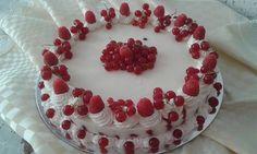 Raspberry & currant yoghurt cake