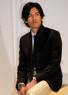 Jun Kaname 要潤 Character Poses, Pose Reference, Beautiful Boys, Stage, Drama, Japan, Movie, Actors, People