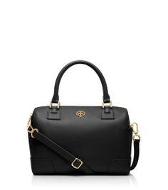 toryburch, black & gold purse, handbag, winter handbag, accessorize