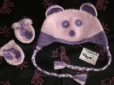 Touca ursinha com luvinha em crochê. <br>Confeccionada em linha 100% algodão. Feita na cor desejada