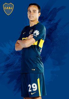 Leonardo Jara Avengers, Soccer, Football, Retro, Sports, Mens Tops, Movie Posters, Trading Cards, Football Pictures
