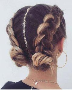 Braids 763289836832417177 - 63 Charming Braided Hairstyles bestbraidedhairstyles braidedhairstyleideas br… – Fitness GYM – 63 Charming Braided Hairstyles – Source by Cool Braid Hairstyles, Pretty Hairstyles, Fashion Hairstyles, Festival Hairstyles, Concert Hairstyles, Hairstyle Braid, Gym Hairstyles, Ethnic Hairstyles, Hair Down Braid