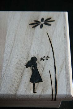 pyrography – love how simple this is: – basteln & extra – Dremel Wood Burning Crafts, Wood Burning Patterns, Wood Burning Art, Wood Crafts, Pyrography Designs, Pyrography Patterns, Pyrography Ideas, Dremel, Into The Woods