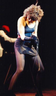 Pat Benatar rockin' and nippin'. Pat Benatar, Hard Rock, Classic Rock Albums, Mundo Musical, Women Of Rock, Music Pics, Women In Music, Thing 1, Rock Legends
