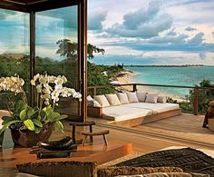 Donna Karan's island home in the British West Indies. Wish I could be there...