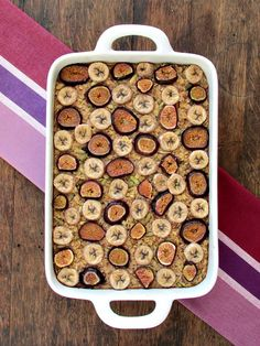 Banana Fig Oatmeal Bake
