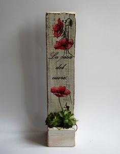 Porta piante con papaveri