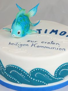 Erstkommunion Torte Fisch fish Cake First Communion - First Communion Cakes, Paris Cakes, Baby Shower Favors Girl, Horse Cake, Harry Potter Cake, Book Cakes, Character Cakes, Chocolate Decorations, Disney Cakes