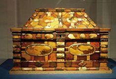 amber box, 17 c. Gdansk
