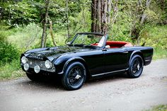 You can find the strangest things in Kentucky barns - like this classic '61 Triumph TR4. British and roadster are like hand in glove. The island nation has a reputation for solid handling cars, and the TR4 is no exception....
