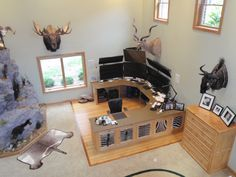RQ Trader - Scott's trading office includes game-mounts from his hunting expeditions.