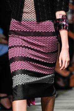 Missoni Spring 2014 RTW - Details - Fashion Week - Runway, Fashion Shows and Collections - Vogue