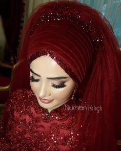Görüntünün olası içeriği: 1 kişi, yakın çekim – T-Shirts & Sweaters Hijab Bride, Red Wedding Dresses, Bridal Dresses, Muslim Fashion, Hijab Fashion, Fashion Outfits, Hijabi Wedding, Wedding Dress Silhouette, Man Fashion