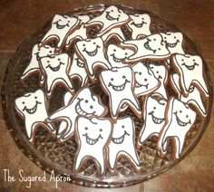 Your cookies will be dentally delicious when you make them with the Tooth Cookie Cutter, and that's the whole tooth and nothing but the tooth! Constructed out of tin-plated steel, the cutter is perfec