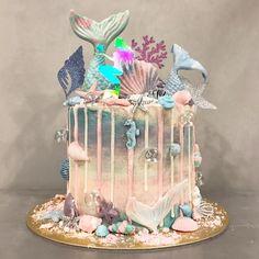 "459 Likes, 12 Comments - Euphorique Sg (@euphoriquebakery) on Instagram: ""Magical Mermaid, must have for a magical celebration! ✨ #euphoriquesg #enjouemermaidcollection"""