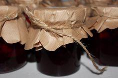 Kobieta po czterdziestce: Szybki dżem wiśniowy.
