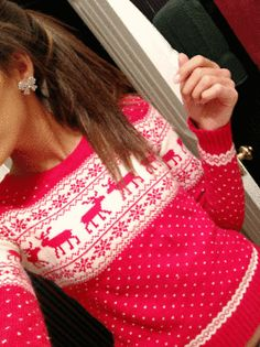 fashion, outfit, winter sweaters, christmas sweaters, christma sweater, bow, earring, christmas jumpers, the holiday