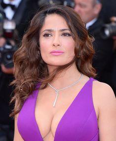 See related image detail Salma Hayek Bra Size, Salma Hayek Body, Salma Hayek Measurements, Beautiful Girl Image, Beautiful Women, Salma Hayek Pictures, Chica Fantasy, Selma Hayek, Beautiful Celebrities