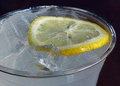 homemade sugar-free lemonade (with stevia)