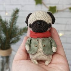 Little Christmas Pug✨ . дом нашел/adopted . описание мопсика можно купить на ярмарке мастеров, ссылка в профиле/ you can buy this pattern in my etsy shop, link in bio . #_little_owlet_pattern