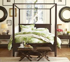 Palm Frond Organic Duvet Cover & Sham | Pottery Barn - got the duvet, just trying to figure out how to decorate our room like this one... hmm. Inspired.