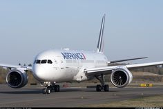 Air France Boeing 787-9 Dreamliner taxiing at Everett-Snohomish County/Paine Field, October 30, 2017