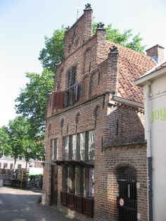 Amersfoort LieveVrouwenKerkhof | Flickr - Photo Sharing! Utrecht, Amsterdam, Medieval Houses, Holland Netherlands, Live In The Now, Beautiful Buildings, Countries Of The World, The Good Place, Going Dutch