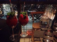 Cocktails with a view #LuxuryLifestyle