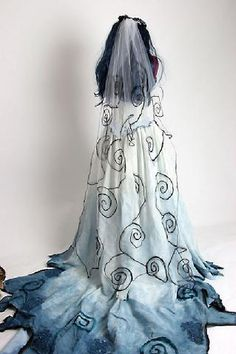 Goth: ~ The Corpse Bride Dress. Corpse Bride Dress, Corpse Bride Wedding, Corpse Bride Costume, Gothic Wedding, Halloween Bride Costumes, Halloween Wedding Dresses, Halloween Cosplay, Halloween 2018, Skeleton Costumes