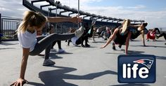 Patriots cheeleaders featured in Muscle & Fitness Hers | New England Patriots