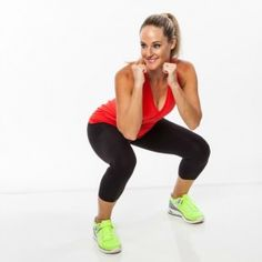 Bring arms on guard and drop down into a squat with upper body facing right.