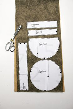 How to make a circular purse. Circle bag sewing tutorial with printable pattern…. How to make a circular purse. Circle bag sewing tutorial with printable pattern. Bag making from leather, faux suede, canvas, and Leather Bag Tutorial, Leather Bag Pattern, Purse Tutorial, Faux Leather Fabric, Sewing Leather, Diy Tutorial, Simple Bags, Easy Bag, Bag Sewing