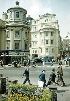 Charing Cross Hospital seen here in In 1815 Dr. London Now, Old London, London Pictures, London Photos, Britain Uk, London History, Vintage London, London Calling, Pretty Pictures
