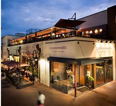 restaurant arquitectura 8 Restaurants With Incredible Rooftop Dining In Virginia Restaurant Exterior Design, Cafe Exterior, Gray Exterior, Stucco Exterior, Exterior Shutters, Craftsman Exterior, Exterior Colors, Retail Architecture, Architecture Design