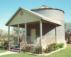 This Grain Silo Tiny House Is Available As A Vacation Rental At Gruene Homestead Inn A Wonderful Covered Front Porch Was Added