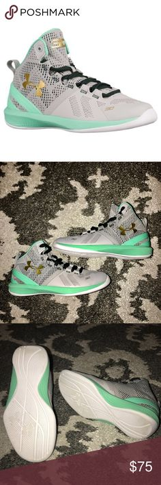 Stephen Curry 2 Under Armour SIZE 1Y ✨✨HOST PICK✨✨ Preowned, but kept in great condition my son wore these twice at the most before he grew out of them.   Your pint sized, three-pointer, mini-Curry needs the best of the best. This happens to be the perfect shoe. * SpeedForm technology for a close fit. * Charged cushioning absorbs impact and converts to a responsive burst. * Heel and midfoot shanks provide increased stability. * One-piece, solid rubber outsole with traction pattern.  ❌NO…