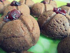 Csokikrémes keksz Muffin, Cookies, Chocolate, Breakfast, Desserts, Food, Crack Crackers, Morning Coffee, Tailgate Desserts