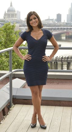 Is it true that Lucy Verasamy is married? Weather Girl Lucy, Hottest Weather Girls, Sexy Outfits, Sexy Dresses, Nice Dresses, Cute Outfits, Secretary Outfits, Tv Girls, Boys