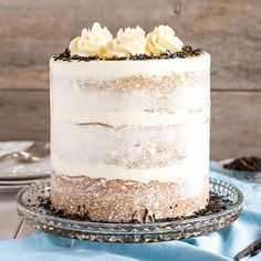 This Earl Grey Cake is perfect for the tea lover in your life! Earl Grey infused cake layers paired with a silky vanilla bean buttercream.